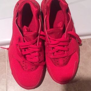 Nike Kids Hurache size 4.5Y Red!!!